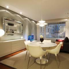 65sqm Appartment: Cocinas de estilo moderno de MADG Architect