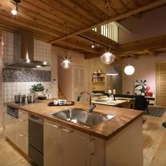 アイランドキッチン: dwarfが手掛けたtranslation missing: jp.style.キッチン.scandinavianキッチンです。