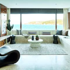 AK Design Studio - Stone Age- Mansion: modern tarz Oturma Odası