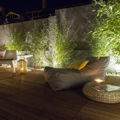 Jardim Bambus: Jardins rústicos por MUDA Home Design