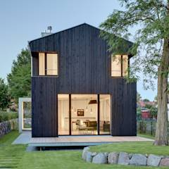 Ansicht Giebel: moderne Häuser von Möhring Architekten