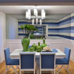 Stripes: Salas de jantar modernas por Prego Sem Estopa by Ana Cordeiro