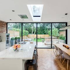 Ashley Road: modern Dining room by Concept Eight Architects
