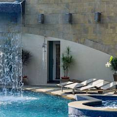 Nest - Private residence at Koregaon Park: modern Pool by TAO Architecture Pvt. Ltd.