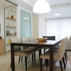 Apartamento MC: Salas de jantar modernas por Martins Lucena Arquitetura