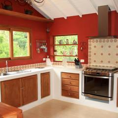 Projeto: Cozinhas coloniais por FLAVIO BERREDO ARQUITETURA E CONSTRUÇÃO