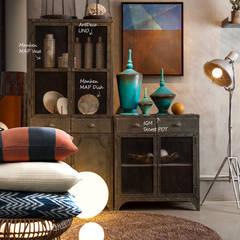 인더스티리얼 스타일의 living room: 마요 MAYO의 translation missing: kr.style.거실.industrial 거실