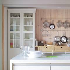 D`s HOUSE: dwarfが手掛けたtranslation missing: jp.style.キッチン.scandinavianキッチンです。