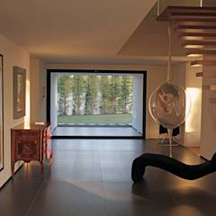 Escadas: Corredores, halls e escadas minimalistas por guedes cruz arquitectos