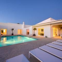piscina: Piscinas mediterrânicas por Studioarte