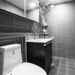 영통 매탄동 동남아파트 22평인테리어: JMdesign 의 translation missing: kr.style.욕실.industrial 욕실