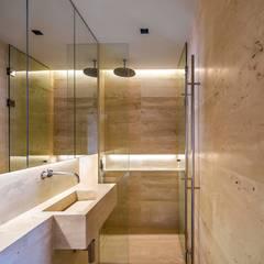 THK Construcciones의 translation missing: kr.style.욕실.modern 욕실