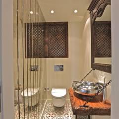 Kerim Çarmıklı İç Mimarlık - K.G Evi Arnavutköy: modern tarz Banyo