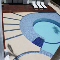 Perspectiva area piscina.: Piscinas de estilo moderno por Camilo Pulido Arquitectos