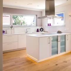 moderne k chen ideen inspiration homify. Black Bedroom Furniture Sets. Home Design Ideas