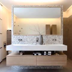 Spa de estilo moderno por Tuba Design