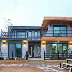 기존도면에 한층더 업그레이드된 집: 한글주택(주)의 translation missing: kr.style.주택.modern 주택