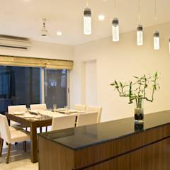 Private Residence at Sopan Baug, Pune: minimalistic Dining room by Chaney Architects
