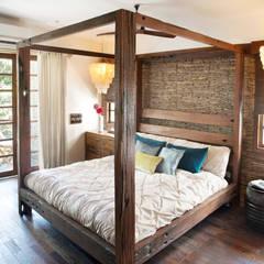 Residential - Juhu: rustic Bedroom by Nitido Interior design