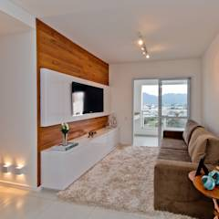 translation missing: id.style.ruang-keluarga.modern Ruang Keluarga by Mendonça Pinheiro Interiores