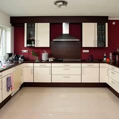 Cocina 2: Cocinas de estilo moderno por COCINAS FEDGO