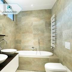 Trabajos: Baños de estilo moderno por ANDIAMO (INVERSORA L&R)