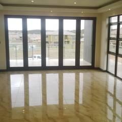 Our range of doors,windows,mirrors,showers,splash backs , etc.......: modern Windows & doors by Tech Glass and Aluminium