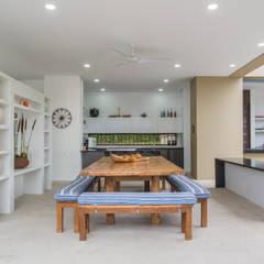 Casa Loma: Cocinas de estilo minimalista por David Macias - Arquitectura & Urbanismo