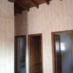 Casa Modular Rústica 67m2 . Salamanca: Dormitorios de estilo rústico de MODULAR HOME