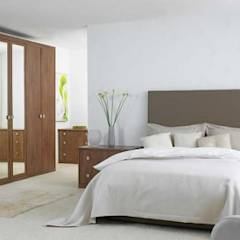 Guest Bedroom: minimalistic Bedroom by GSI Interior Design & Manufacture