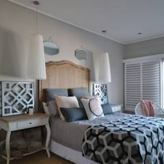 House: eclectic Bedroom by Nieuwoudt Architects
