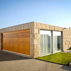 Garages de estilo minimalista por PFS-arquitectura