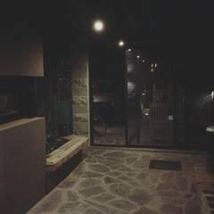 Casa CS 727: Jardines de estilo translation missing: ve.style.jardines.eclectico por Patricio Galland Arquitectura