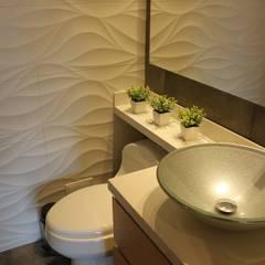 Baño auxiliar: Baños de estilo moderno por Home Reface