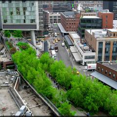 High Line - Varios Autores: Piscinas de estilo translation missing: cl.style.piscinas.industrial por Gabriela Ulloa W.