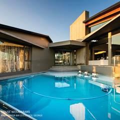 House Wolmarans: modern Pool by Coetzee Alberts Architects