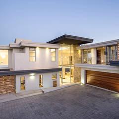 Residence Naidoo: modern Houses by FRANCOIS MARAIS ARCHITECTS
