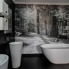 Main Bathroom: country Bathroom by OLIVEHILL Architects