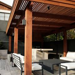 CASA LZ.: Terrazas  de estilo translation missing: cl.style.terrazas-.mediterraneo por ESTUDIO BASE ARQUITECTOS