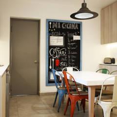 CASA LZ.: Cocinas de estilo escandinavo por ESTUDIO BASE ARQUITECTOS