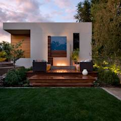 LoHi Private Residence: modern Garden by Andrea Schumacher Interiors