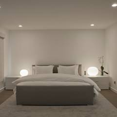 Georgetown Master Bedroom Lighting : modern Bedroom by Hinson Design Group