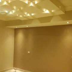 Mr. Mohamed Appartment: translation missing: eg.style.غرفة-نوم.classic غرفة نوم تنفيذ Etihad Constructio & Decor