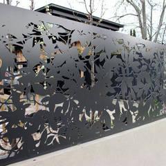NATUREL METAL FERFORJE - FERFORJE LAZER KESİM UYGULAMALARIMIZ: modern tarz Bahçe