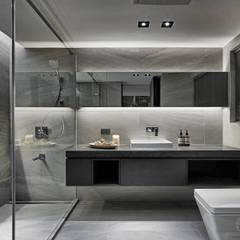源自原本 Essence: translation missing: tw.style.浴室.modern 浴室 by 源原設計 YYDG INTERIOR DESIGN