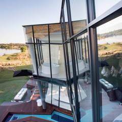 ULTRA MODERN RESIDENCE: modern Windows & doors by FRANCOIS MARAIS ARCHITECTS