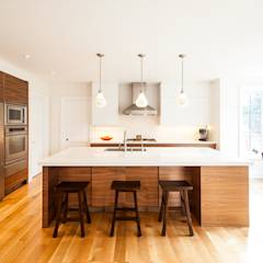 Edwardian Renovation: modern Kitchen by Solares Architecture