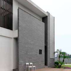 Four season house: translation missing: tw.style.住宅.modern 住宅 by 夏沐森山設計整合