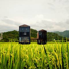 Q farm: translation missing: tw.style.住宅.modern 住宅 by FAMWOOD 自然紅屋