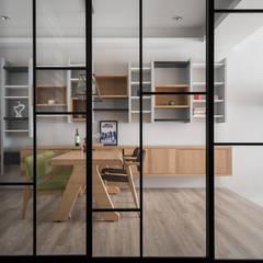 台中福雅路: translation missing: tw.style.窗戶與門.scandinavian 窗戶與門 by 思維空間設計